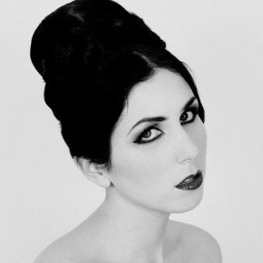 "Chelsea Wolfe Shares Acoustic LP Details, Drops ""The Way We Used"""
